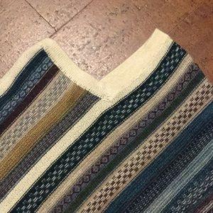 Sweaters - Beautiful 100% Alpaca poncho. NWOT.